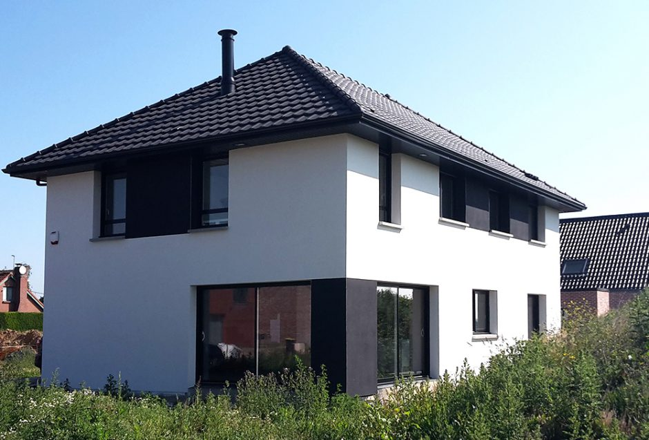 Black white maisons d 39 en france nord for Maison moderne noir